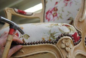 Tapisserie d'ameublement - Réfection de sièges